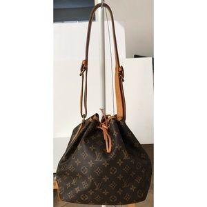 💯Authentic Louis Vuitton Petite Noe Shoulder Bag